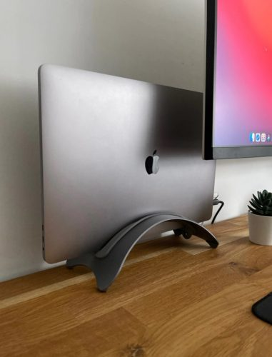 Space-Saving Vertical Desktop Stand for Apple Notebooks photo review