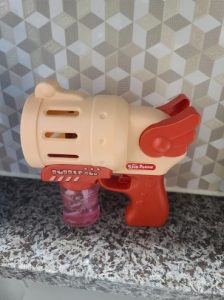 Gun-Shaped Bubble Maker Machine For Kids photo review